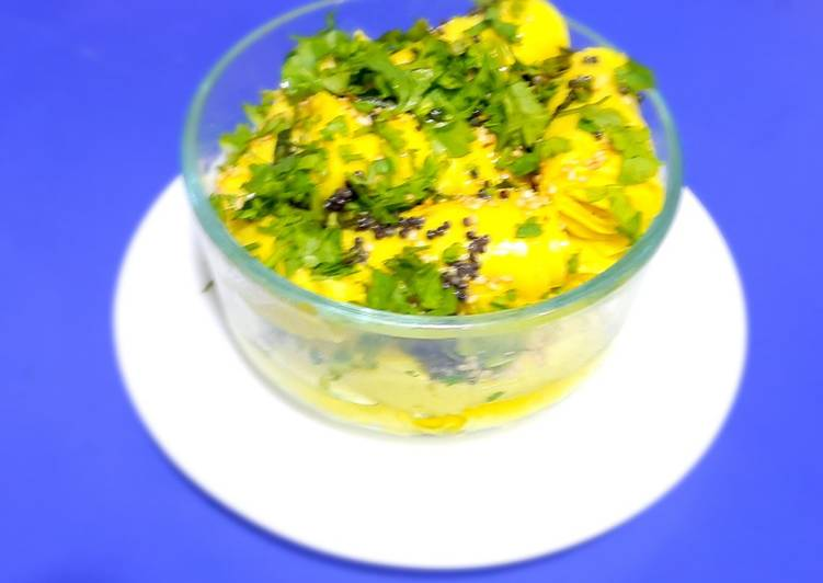 Step-by-Step Guide to Make Homemade Khandvi in Rice cooker