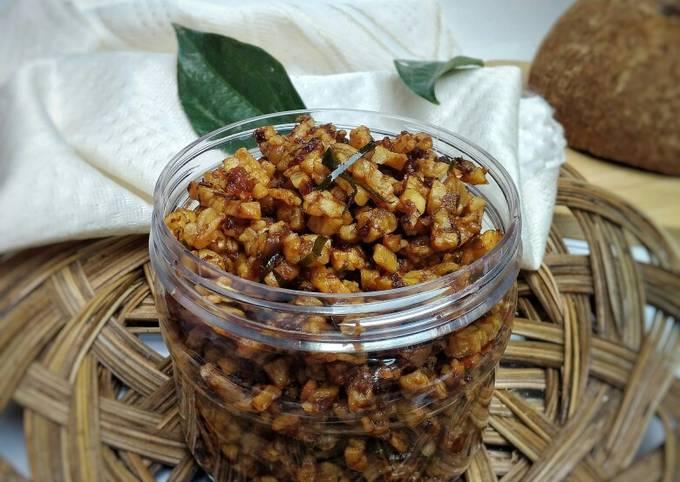 kering tempe sambal goreng terasi tomat - resepenakbgt.com