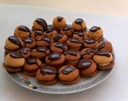 Pastelitos de galletitas con plátano y chocolate