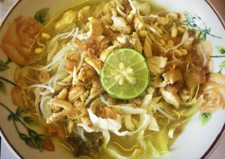 Soto ayam lamongan / soto kuning berempah