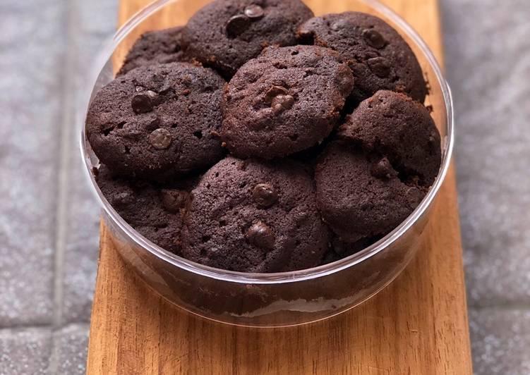 Dark chocolate soft cookies