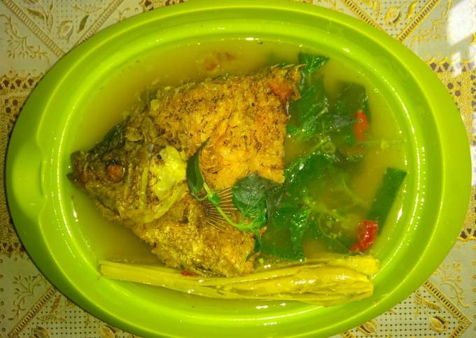 Bagaimana Membuat Sup Gurame Daun Kemangi yang Bikin Ngiler
