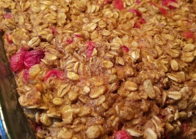 Pumpkin Cranberry Baked Oatmeal