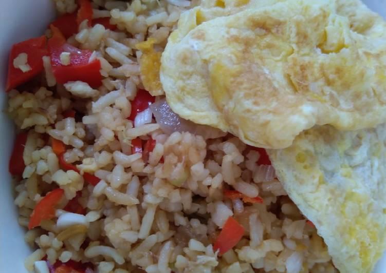 Nasi Goreng Special Telur Bawang Paprika