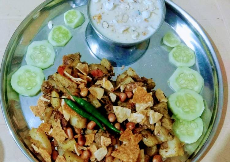 What are some Dinner Ideas Award Winning Makhana kheer with dhaniya Aloo moongfali chaat