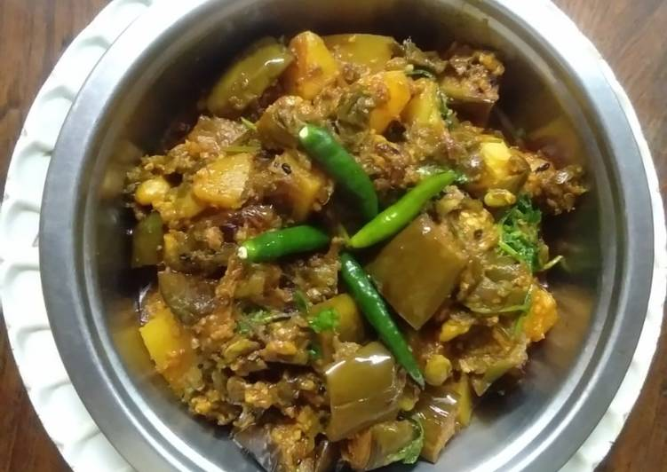 Winter special brinjal flat beans curry