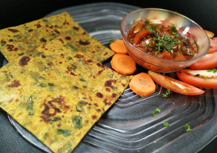 Steps to Make Favorite Methi ka paratha with tomato chutney