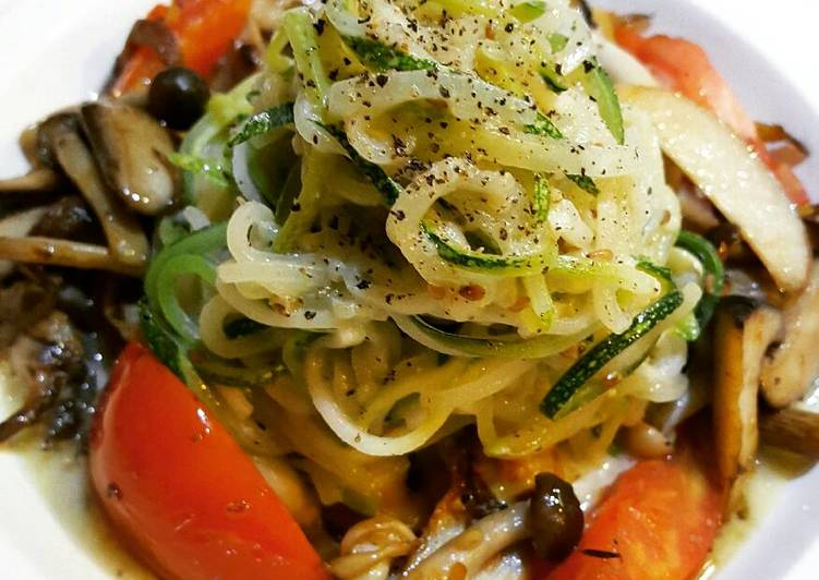 Purry's Zucchini and Mushrooms Pasta