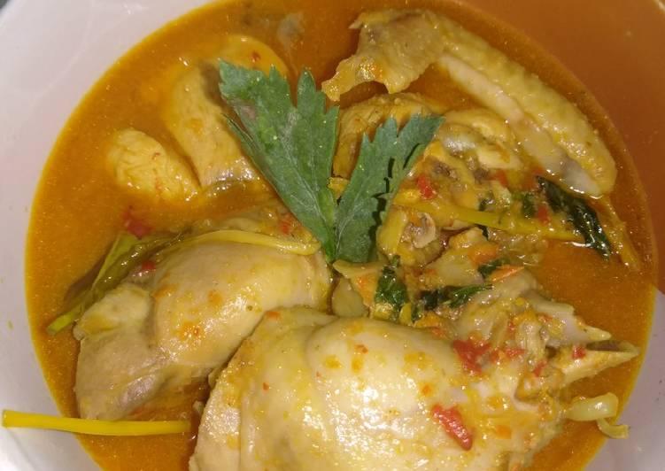Ayam woku daun kemangi