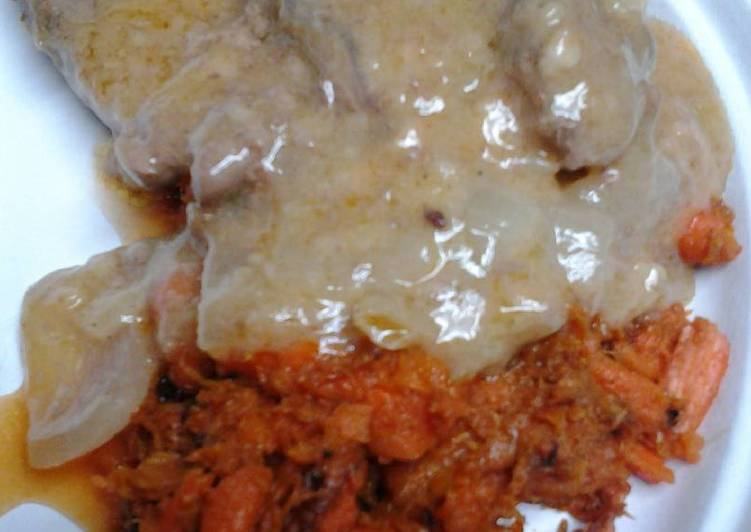 Easiest Way to Prepare Perfect Butter gravy smothered sirloin with mashed carrots