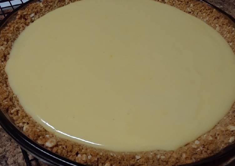 Easiest Way to Prepare Tasty Creamy Lemon Pie