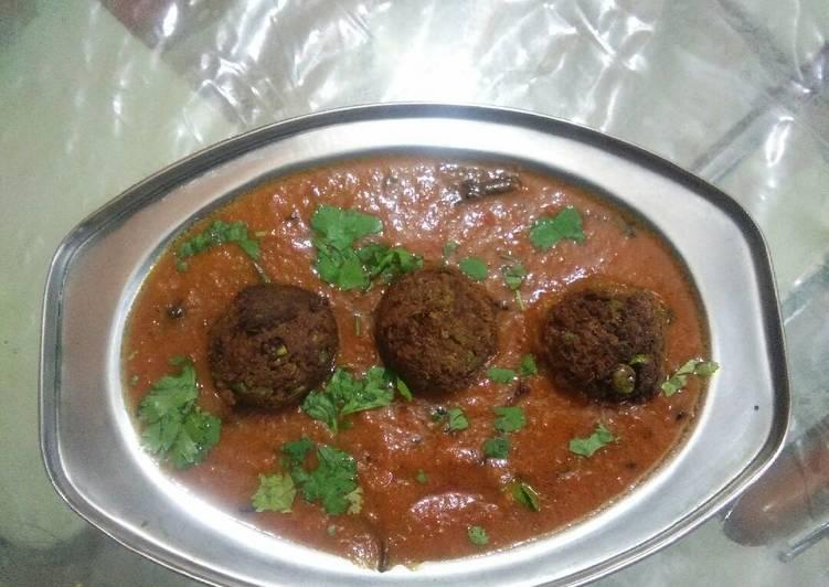 How to Prepare Homemade Matar kofta curry