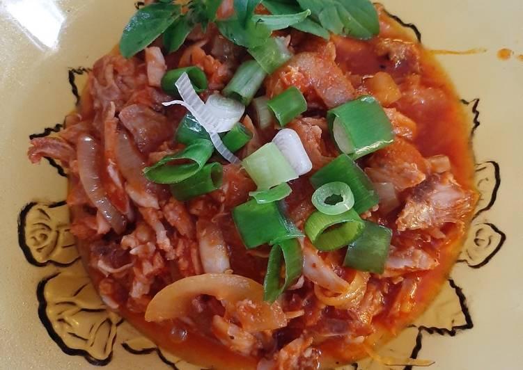 Bagaimana Menyiapkan Ayam suwir saus tiram yang Enak Banget