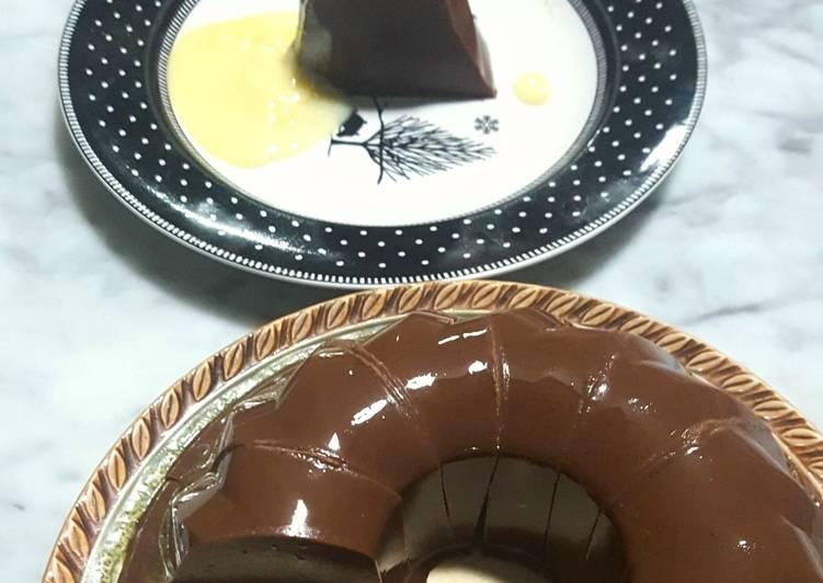 Puding Dark Chocolate dengan Vla Vanilla