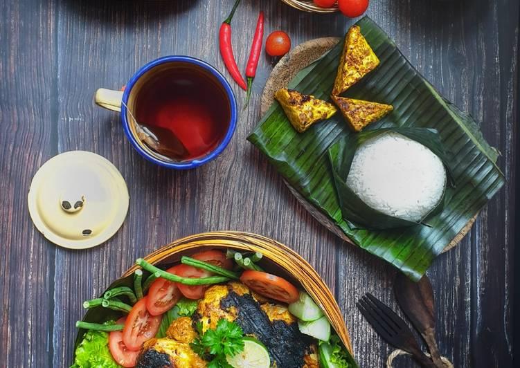 Nasi Bekakak Ayam#PhopByLiniMohd#task1 - resepipouler.com