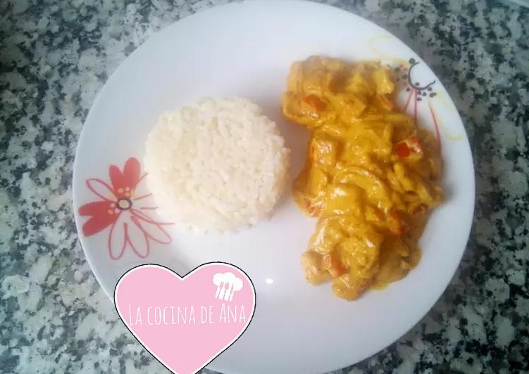 Arroz al curry con pollo nata