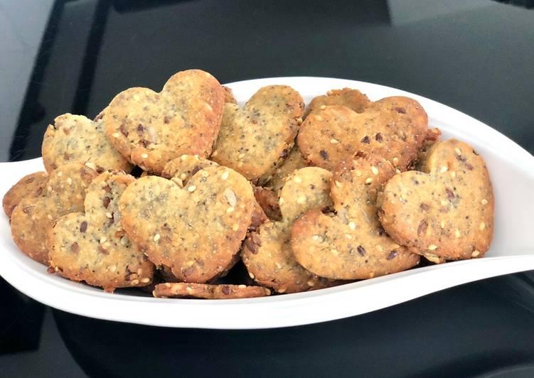 Biscuits aux graines et au parmesan