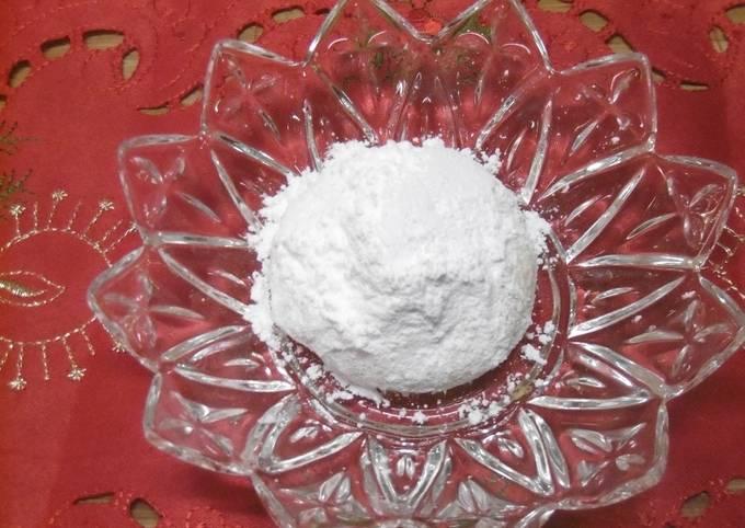 Greek Almond Christmas Cookies