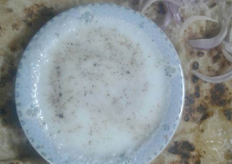 Potato paratha with yoghurt