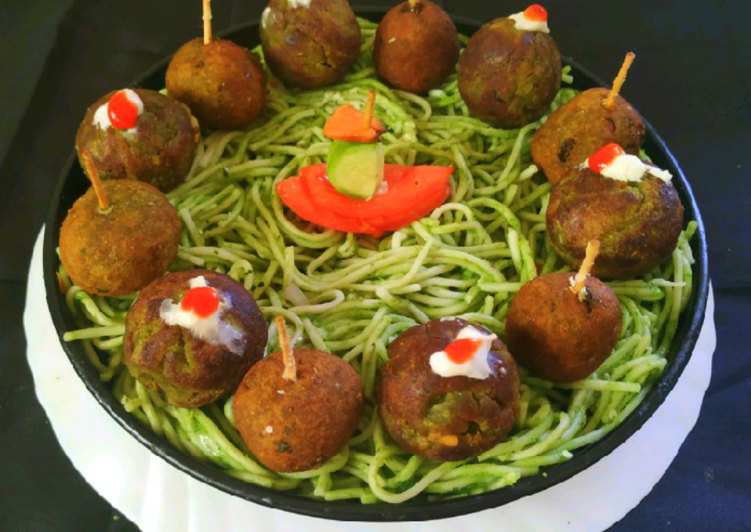 Steps to Make Any-night-of-the-week Green Falafel In Spaghetti Nests
