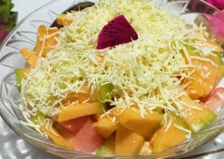 Salad buah – Epicurious Cookbooks
