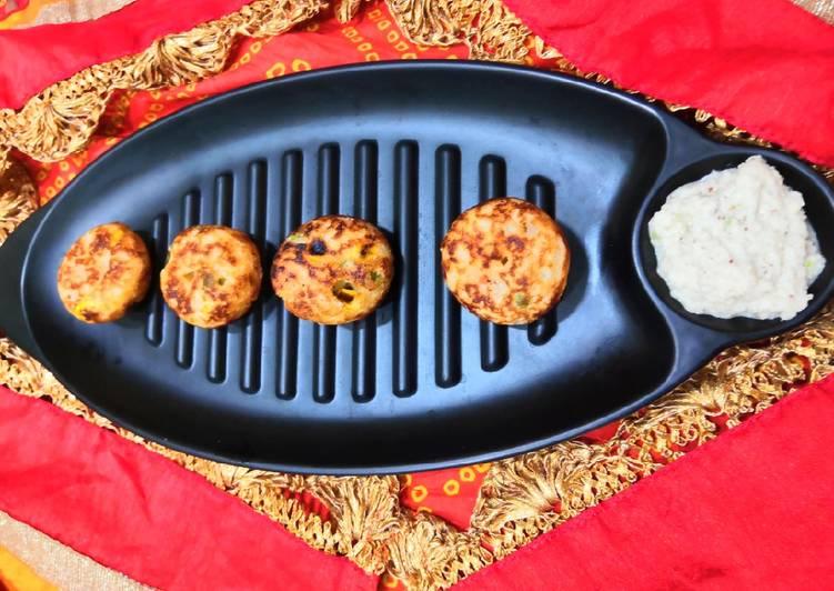 Recipe of Award-winning Suji veggies Appam