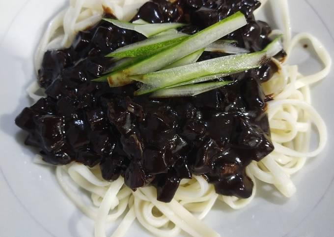 Vegan Jjangmyoen