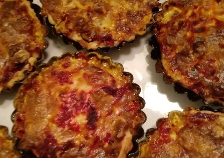 Rote Bete-Blauschimmel-Blätterteig-Tartelettes