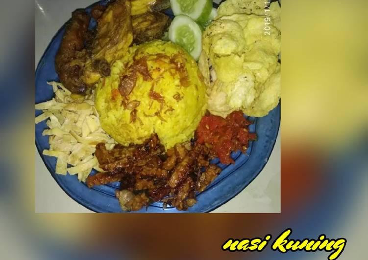 Nasi Kuning Gurih (bisa untuk nasi bento)