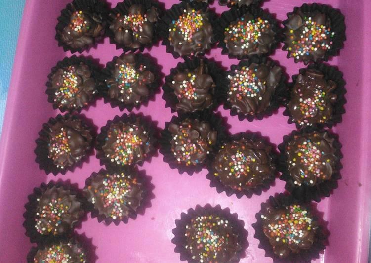 Coklat kacang simpel
