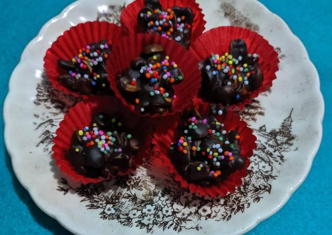 Coklat Kacang Khas Lebaran