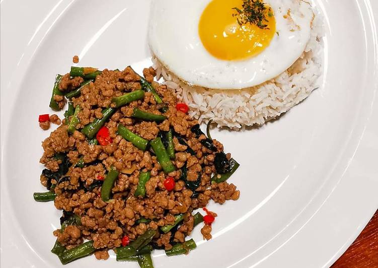 Step-by-Step Guide to Make Ultimate 泰�羅勒炒豬肉碎 THAI BASIL MINCED PORK WITH RICE (PAD KRA PAO)