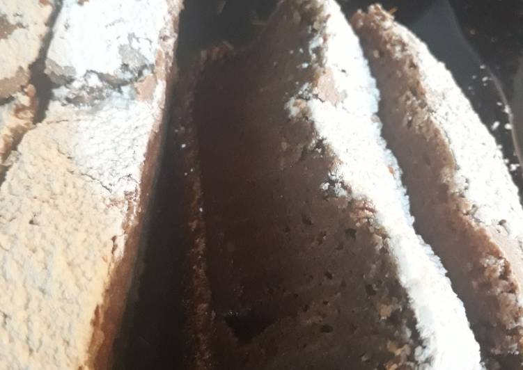 Le moyen le plus simple de Cuire Appétissante Gâteau moelleux au chocolat