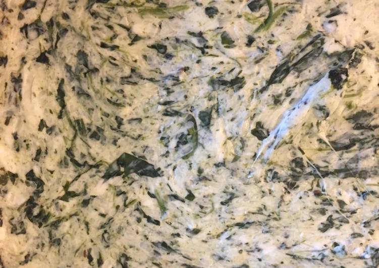What are some Dinner Easy Fall Artichoke-Spinach Dip