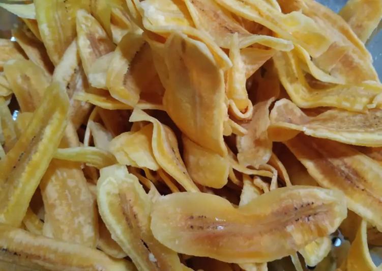 Keripik pisang kepok renyah dan gurih
