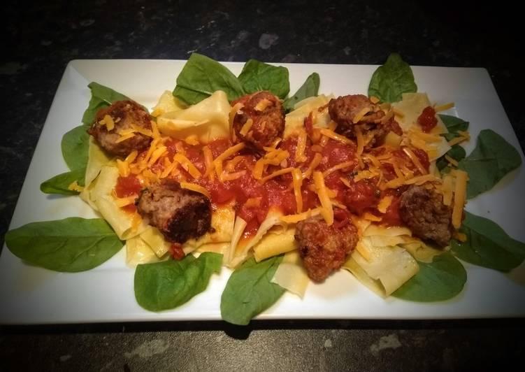 Home made Meatballs, Pasta & tomato sauce