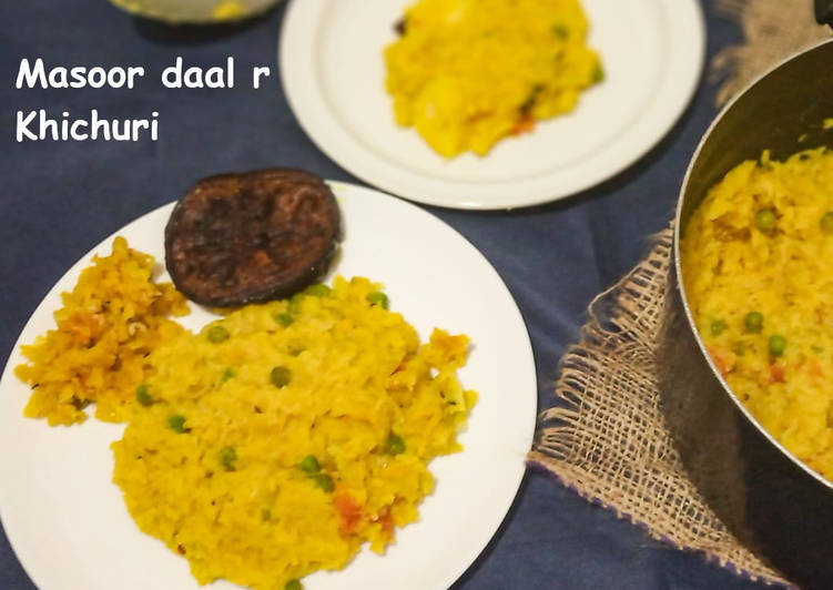 Masoor daal r Khichdi/ Rice and red lentil porridge