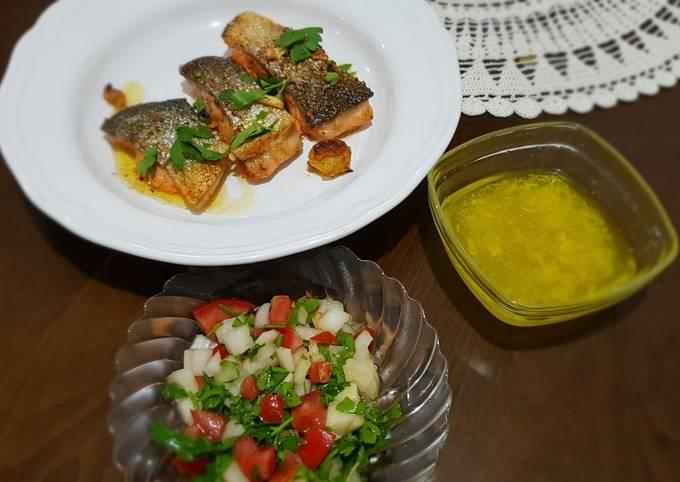 Salmon fish steak with fresh salad and lemon sauce. #mycookbook