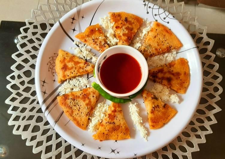 Mix vegetable Suji pancake