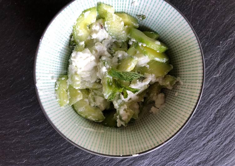 Recette: Appétissant Salade concombre, chèvre et menthe