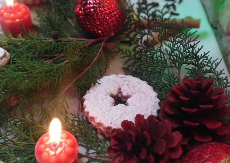 Recette biscuits sablés de Noël fourrés au chocolat