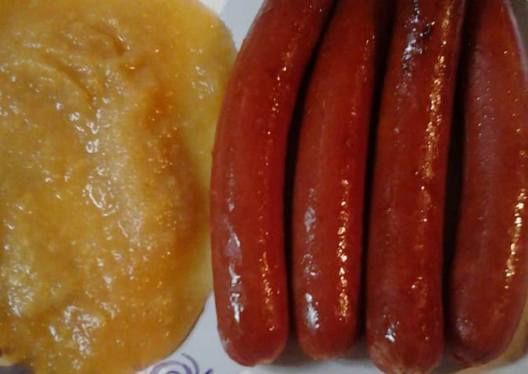 Recipe: Appetizing Hotdogs with applesauce