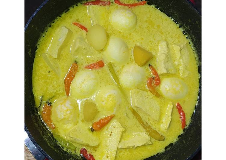 Opor telur tahu kentang