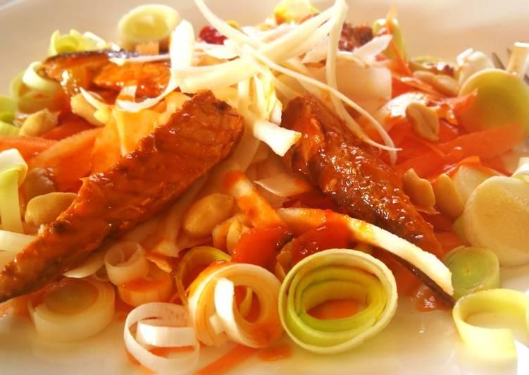 Ensalada de zanahoria, chirivía y caballa en salsa picante
