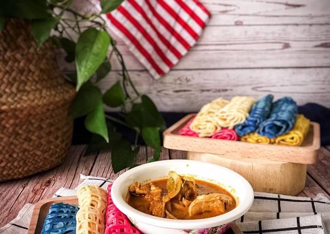 Roti Jala Merdeka dan Kari Ayam