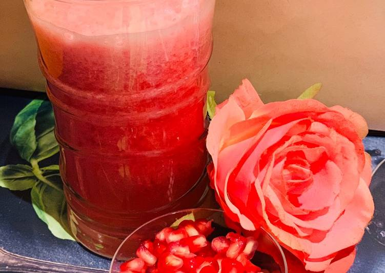 Recipe of Super Quick Homemade Pomegranate watermelon Juice