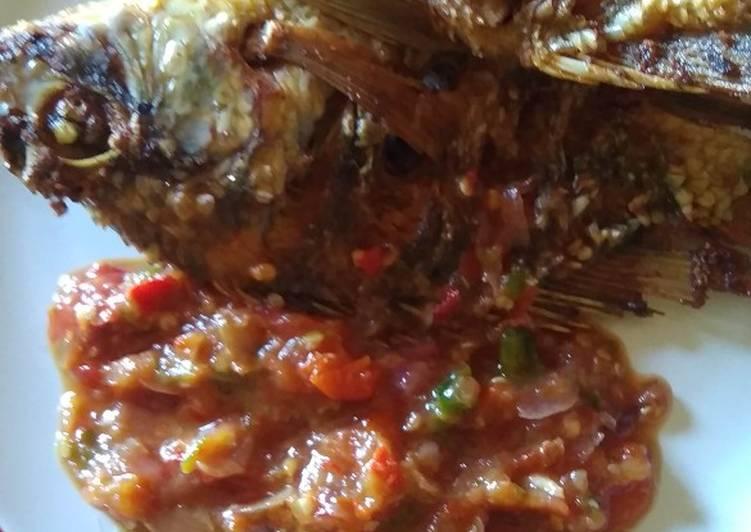 Ikan Mujair Goreng Sambal Kencur