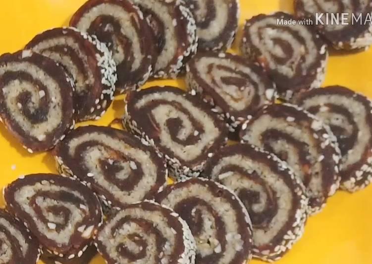 Khajur Mava Roll || || Make Delicious Dessert with Dates ||