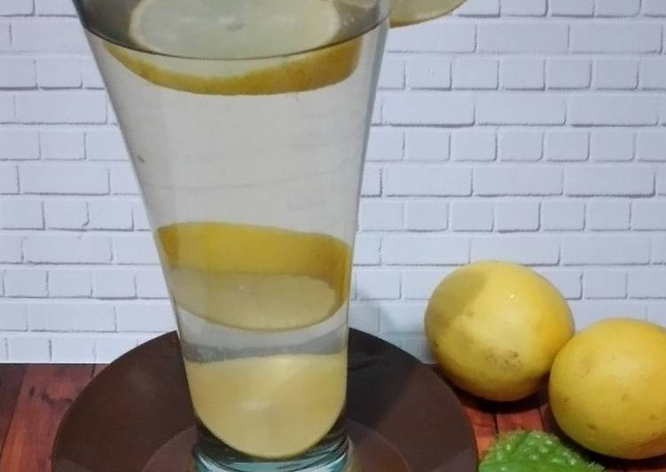 Cara Siapkan Gurih 3 Lemon Madu Hangat