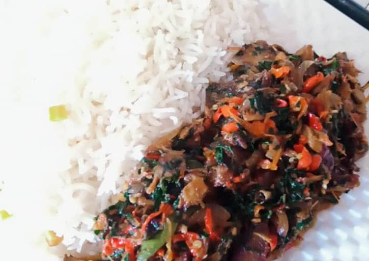 White Rice and beef vegetable sauce